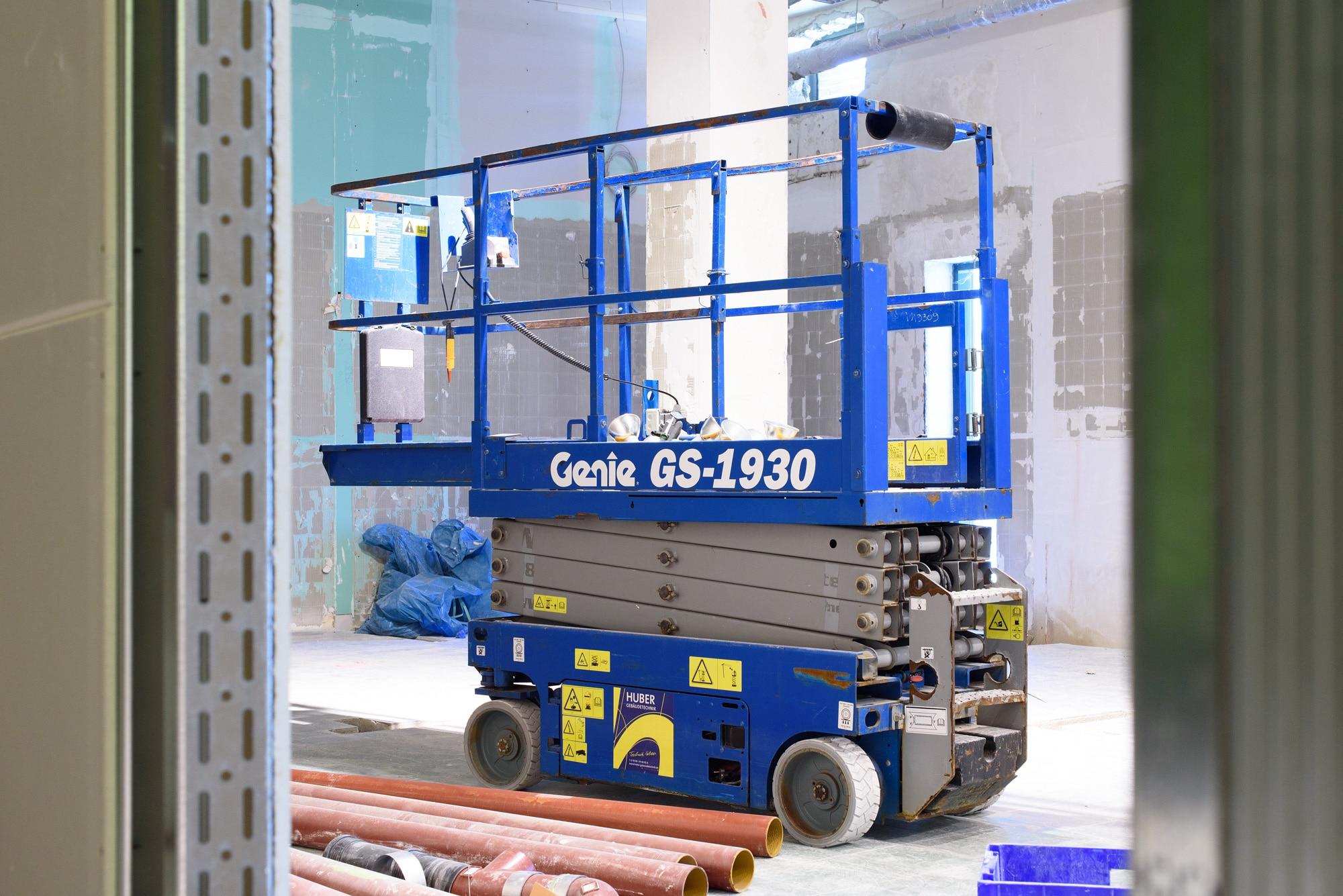 Hebebühne-Baustellentagebuch-Fitness-Loft-West-2000x1335px