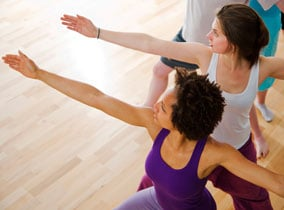 Yoga Asana Heldenstellung