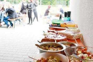 Leckeres und gesundes Salat-Buffet