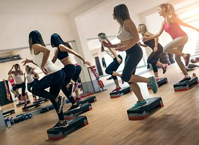 Fitnesskurs-Step-Aerobic-407x292px