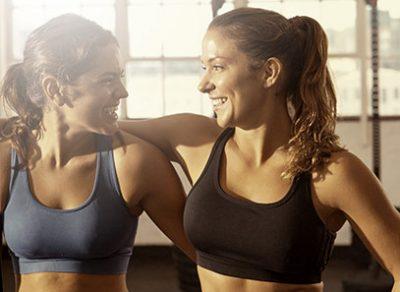 Freundinnen im Fitnessstudio Emmendingen