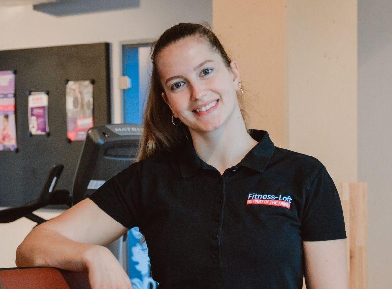 Trainerin Julia aus dem Fitness-Loft Woman Emmendingen im Interview zu Cellulite